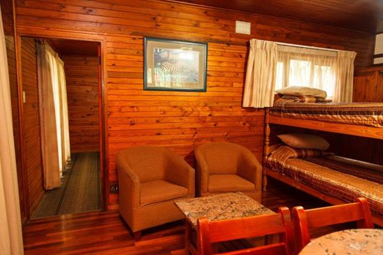 Plettenberg, A Forever Resort: 4-Sleeper Timber Chalet. No river view. 1 bedroom (1 double bed & 1 bunk bed)